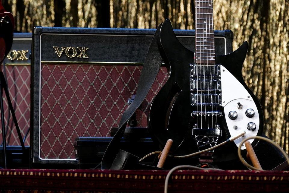 amplificatore-chitarra-elettrica