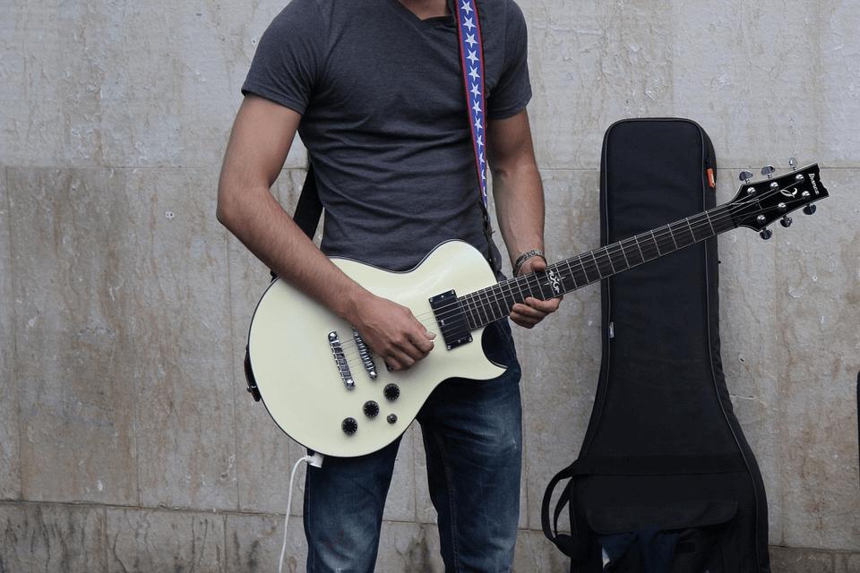 tracolla-chitarra