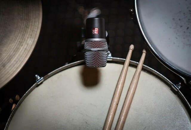 Kit-batteria-acustica
