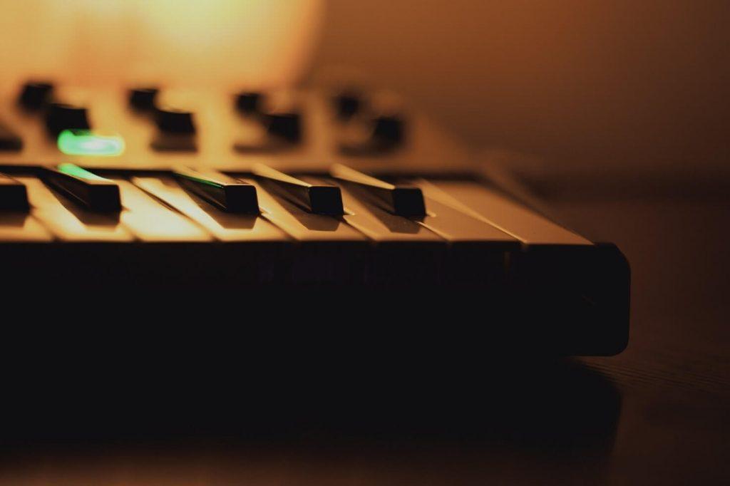 tastiera-midi