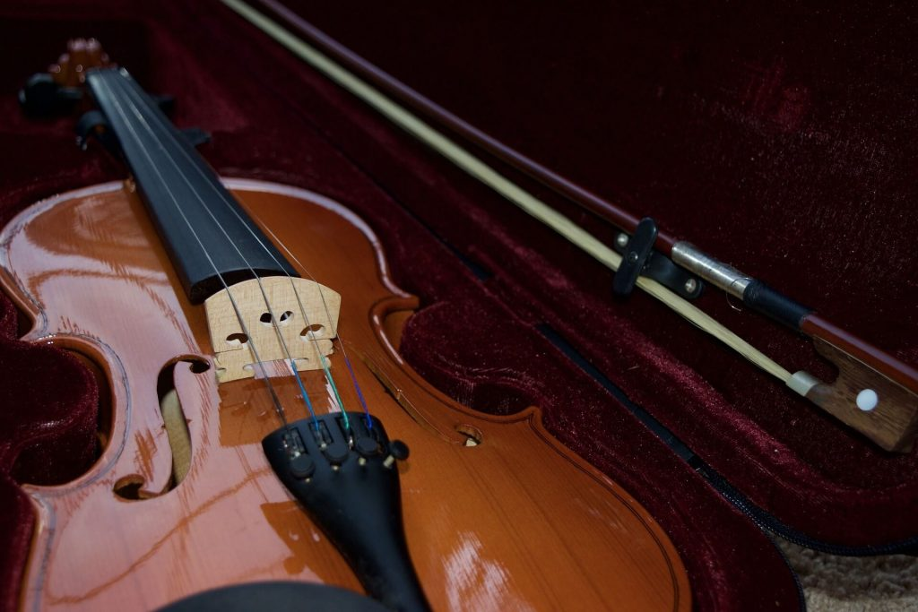 una-custodia-per-violino