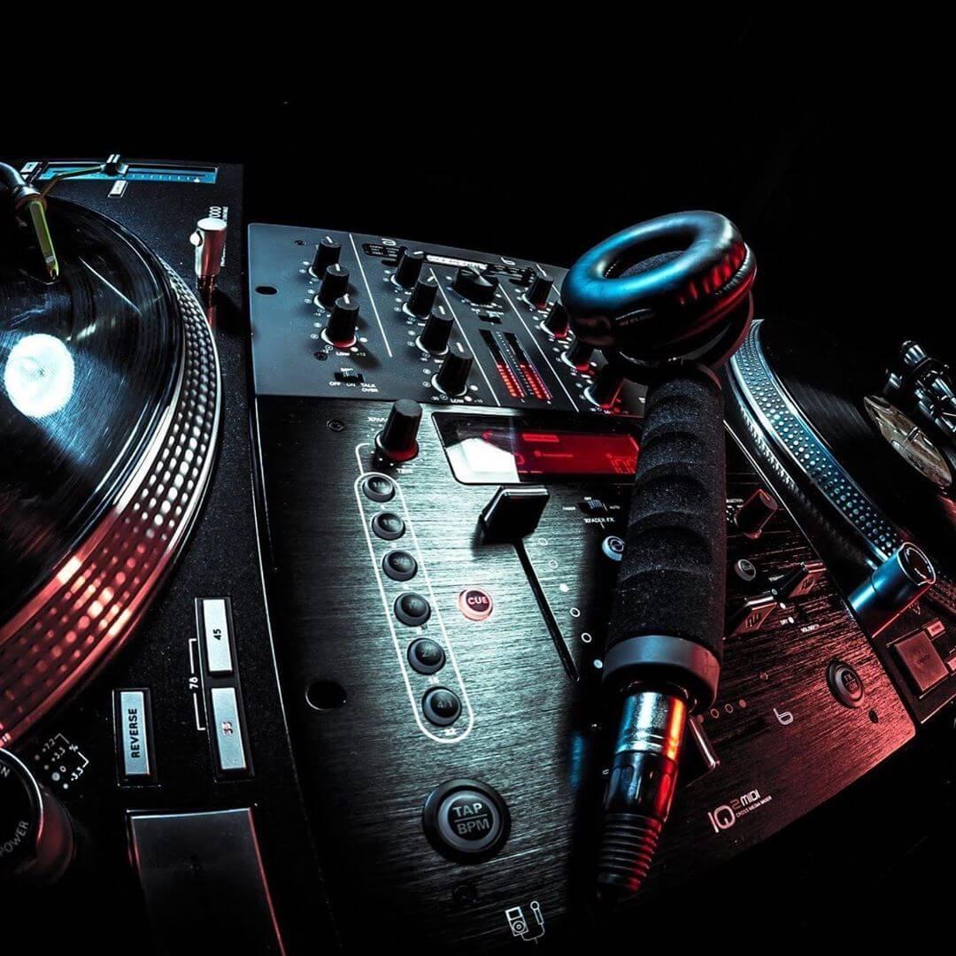 monocuffia-DJ