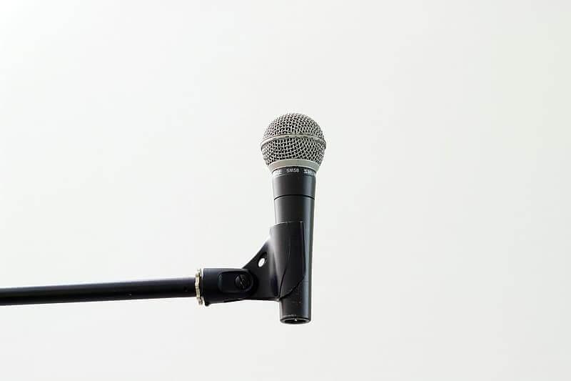 supporto-per-microfono