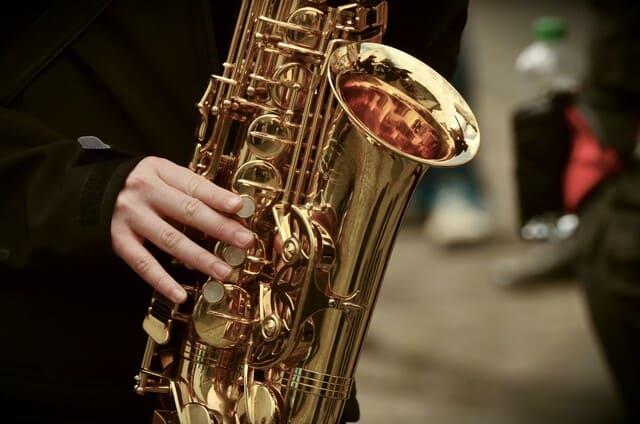 un-sassofono